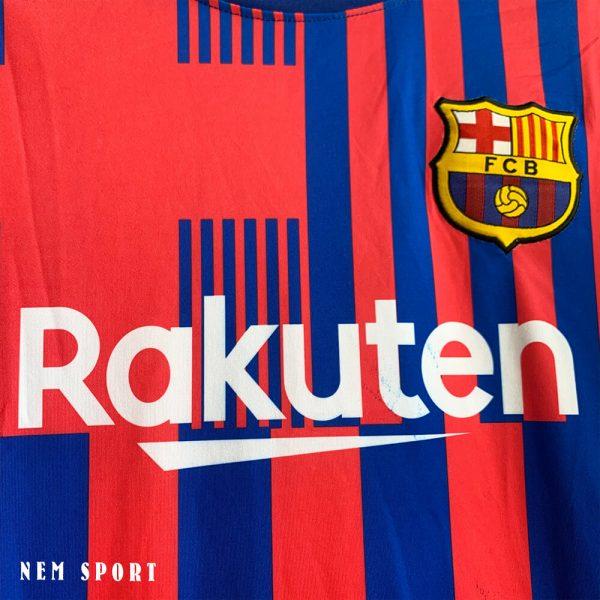 quần áo đá bóng barcelona 2021