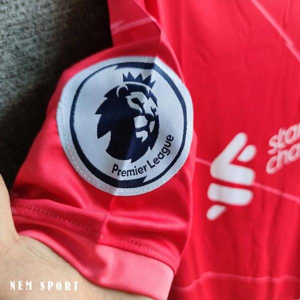 quần áo đá bóng liverpool 2021