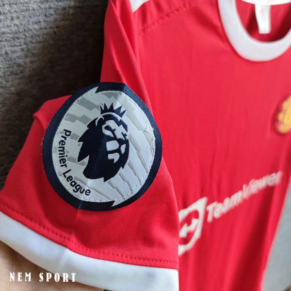 quần áo đá bóng manchester united 2021