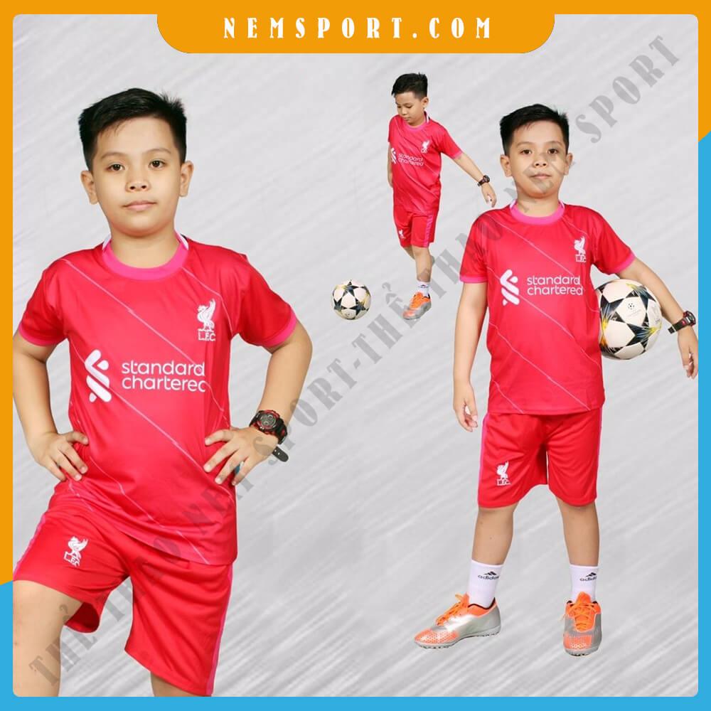 quần áo bóng đá trẻ em liverpool