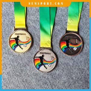huy chương kim loại 7 màu